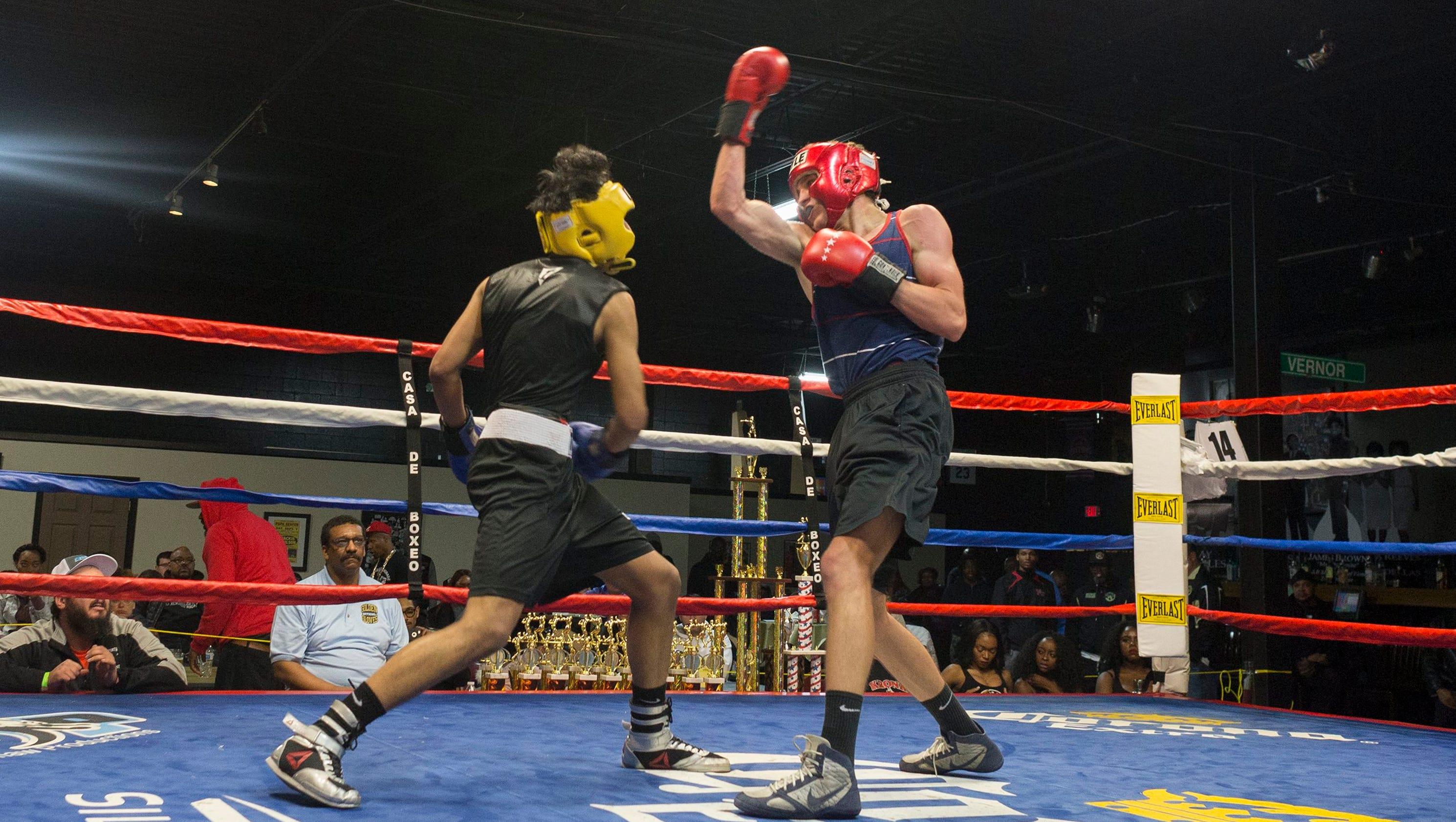 Shiv Naresh Teens Boxing Gloves 12oz: Photos: Golden Gloves Boxing In Detroit