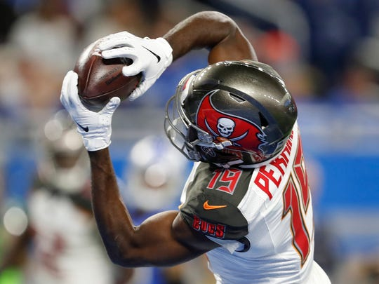 Dec 15, 2019; Detroit, MI, USA; Tampa Bay Buccaneers wide receiver Breshad Perriman (19) makes a touchdown reception during the first quarter against the Detroit Lions at Ford Field. Mandatory Credit: Raj Mehta-USA TODAY Sports