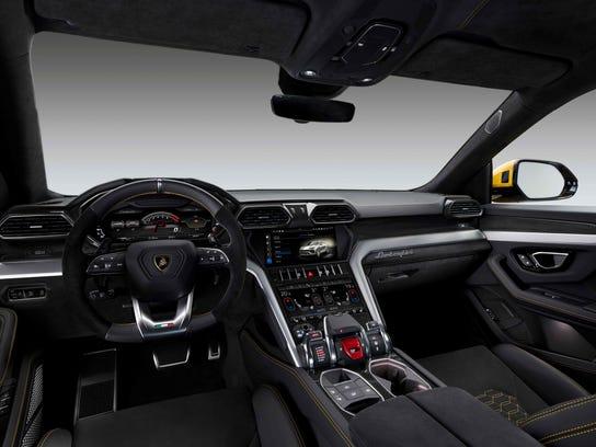 Lamborghini's new SUV 4x4 Urus.