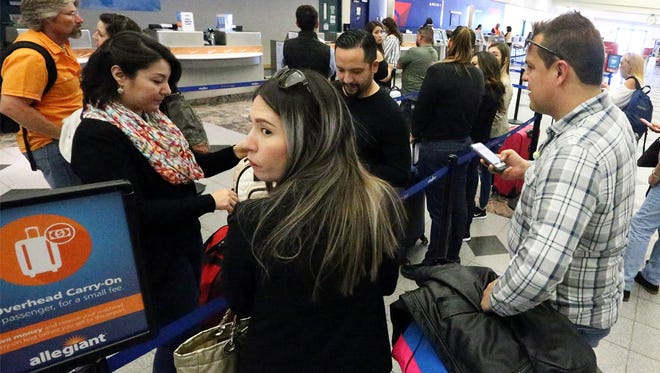 Many former El Pasoans fly home to visit with family for the holidays.