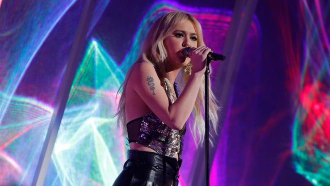 Rock vocalist Chloe Kohanski won Season 13 of 'The Voice' on Tuesday night.