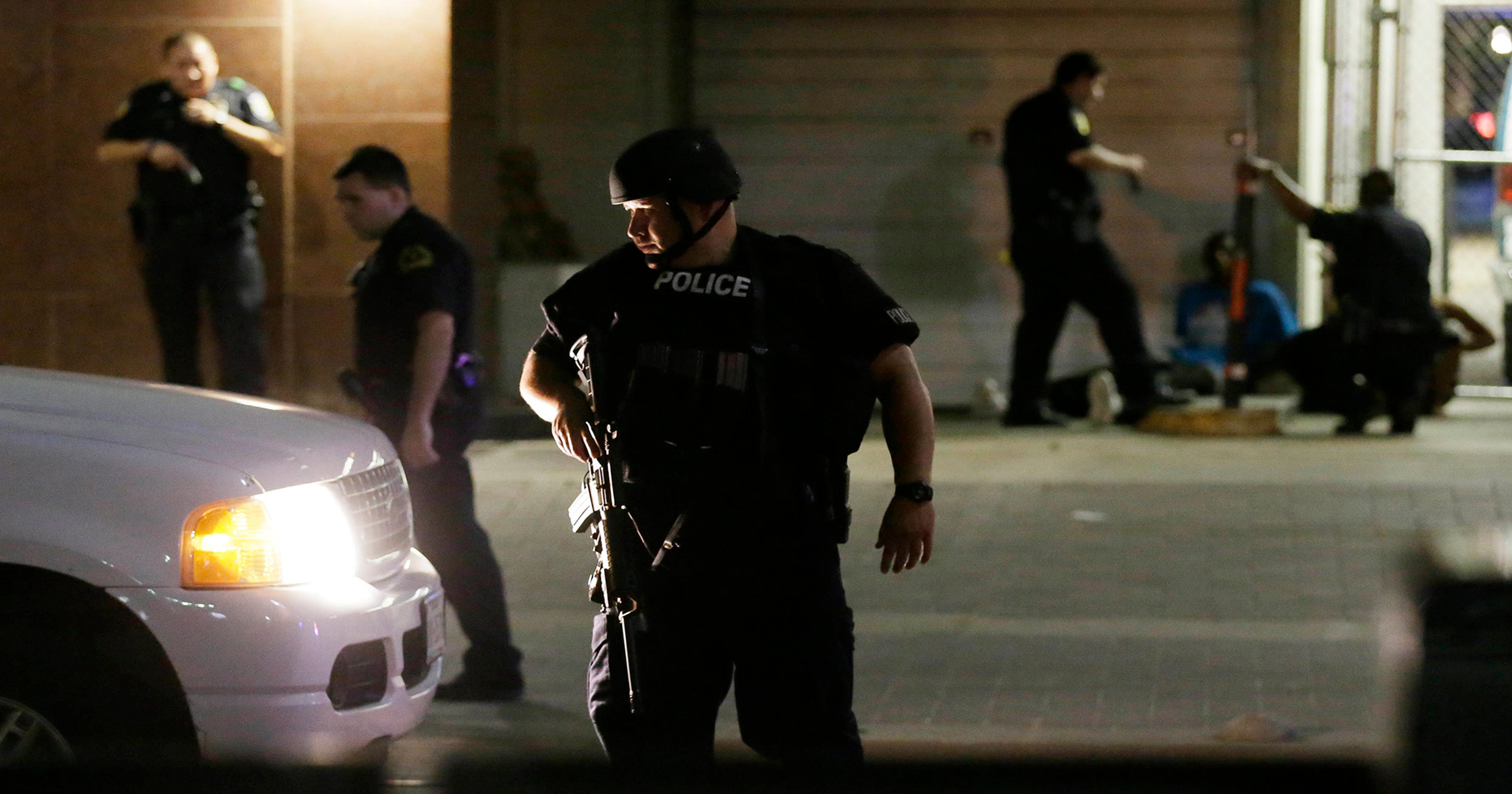This is how the Dallas sniper shootings unfolded