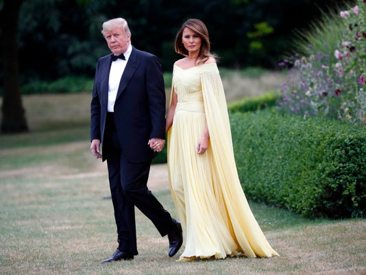64c6d84816 Melania Trump wears sweeping Grecian-goddess gown for dinner at ...