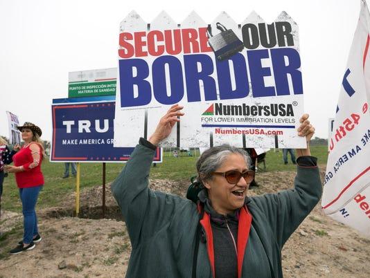 Trump visit Border Wall prototypes