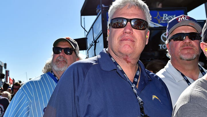 Rex Ryan meets with Fox executive, takes in Daytona 500 with brother Rob
