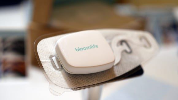 The Bloomlife gives feedback and timing of contractions.