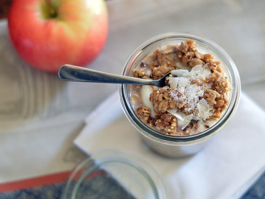 Overnight Nutella muesli is ready for your eating pleasure