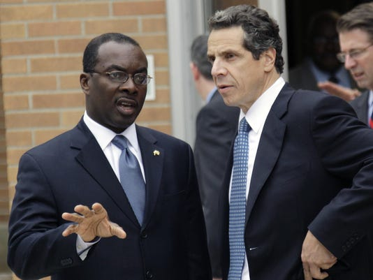 Andrew Cuomo, Byron Brown