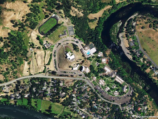 Aerial of  Umpqua Community College in southern Oregon.