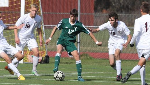 Yorktown senior Joey Landicino (center) is the latest #lohudsoccer Player of the Week.
