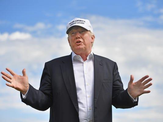 *** BESTPIX *** Donald Trump Visits His Golf Course in Aberdeen