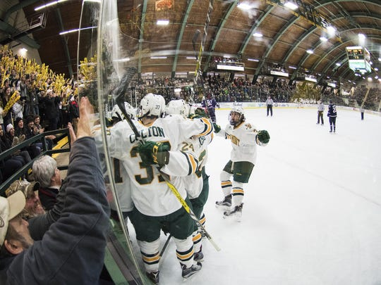 UConn vs. Vermont Men's Hockey 01/20/17
