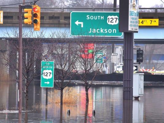 022318-dy-Flooding-Lansing0166