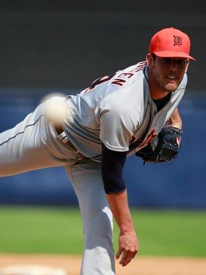 Mar 2, 2016; Tampa, FL, USA; Detroit Tigers relief pitcher Drew VerHagen.