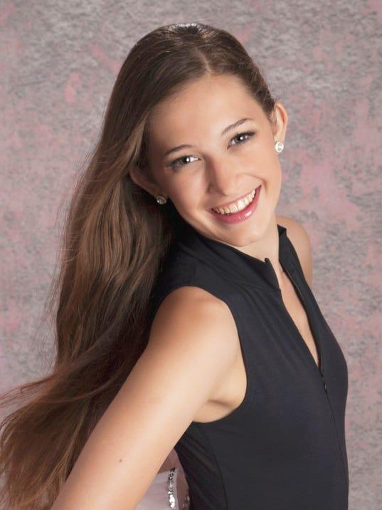 Isabella Vincent 2014 Headshot.jpg
