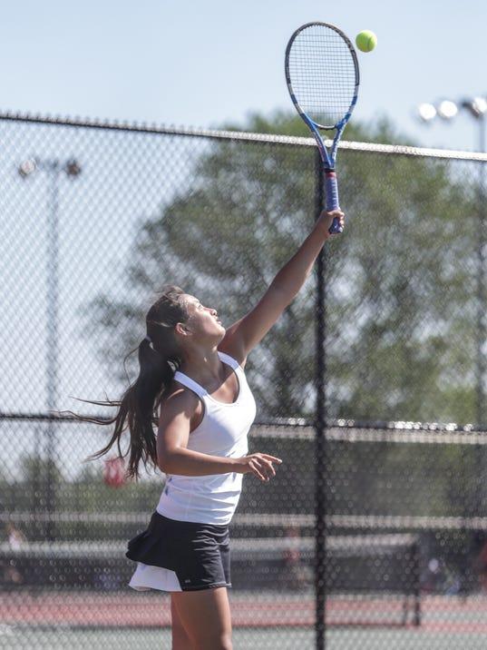 021_tennis.JPG