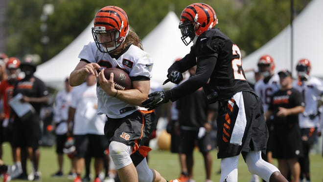 The Cincinnati Bengals and H-back Ryan Hewitt agreed to a contract extension on Aug. 2.