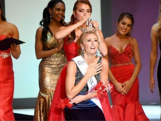 Miss-Ohio-Sarah-Clapper.JPG