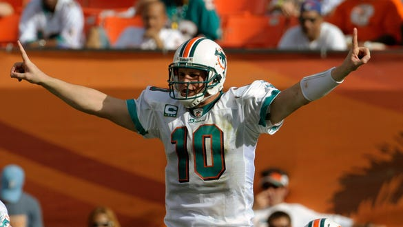 GTY AFC WILD CARD GAME: BALTIMORE RAVENS V MIAMI DOLPHINS S FBN USA FL