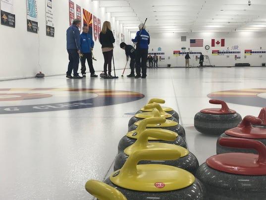 Coyotes Curling club