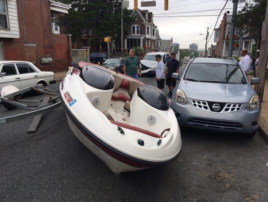636631874705841923-boat-crash.jpg