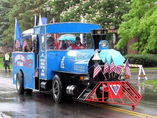 A float sponsored by Chemung County veterans takes