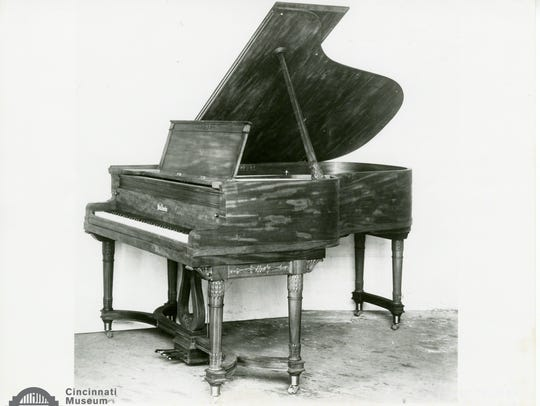The Baldwin Grand Piano presented to the White House