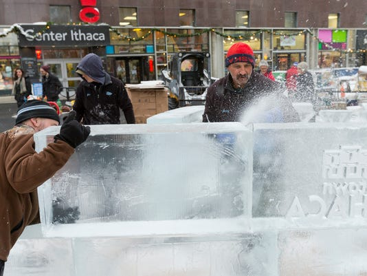 20141211_Ice_Sculpture_Ice_Bar_sw