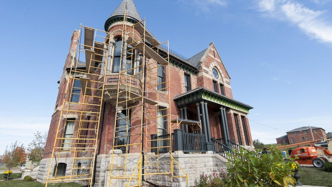 The Ransom Gillis mansion in Detroit's Brush Park is being rehabbed by HGTV personality Nicole Curtis.