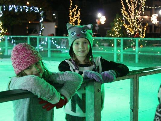 636162712293127846-jeff-ice-rink-girls.jpg