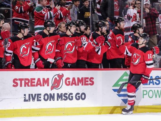 NHL: Dallas Stars at New Jersey Devils