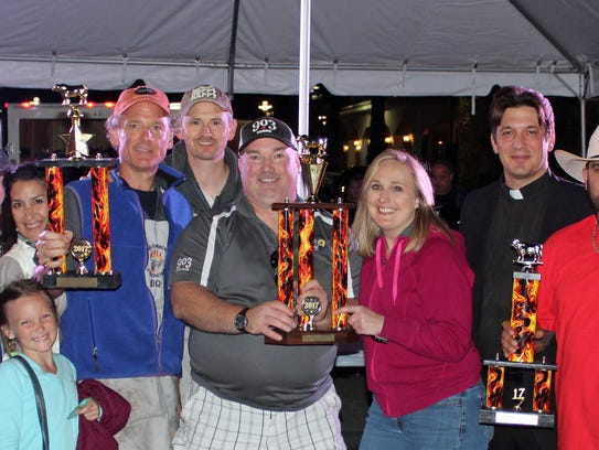 Sunshine State Steak Cook-Off winners pose with team