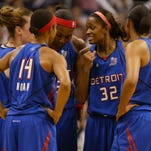 Detroit Shock's Swin Cash (32) gives a pep talk after a foul during the second quarter of Game 4 against the Phoenix Mercury in the WNBA Finals at the US Airways Center in Phoenix, AZ, Tuesday, Sept. 13, 2007.