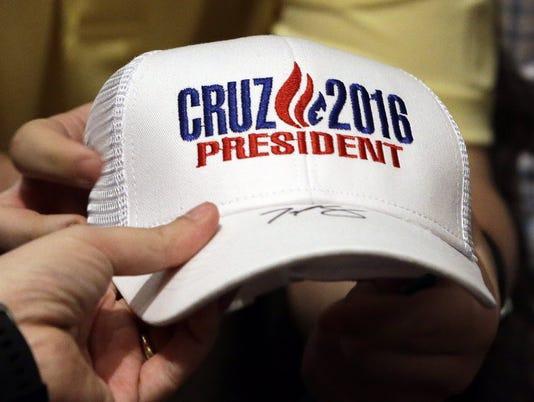 635971260224875554-cruz-hat.JPG