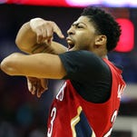 Anthony Davis clutch late to lead Pelicans past Suns