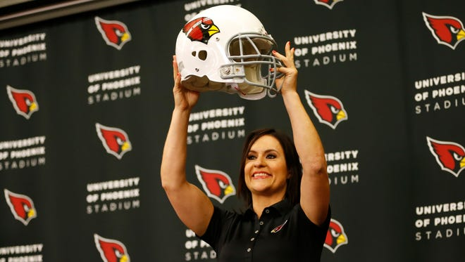 Dr. Jen Welter is introduced during a news conference at the Cardinals' training facility in Tempe July 28, 2015.