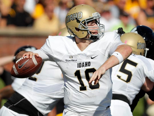Idaho quarterback Matt Linehan throws during the first half of an NCAA college football game against Missouri Saturday, Oct. 21, 2017, in Columbia, Mo. (AP Photo/Jeff Roberson)