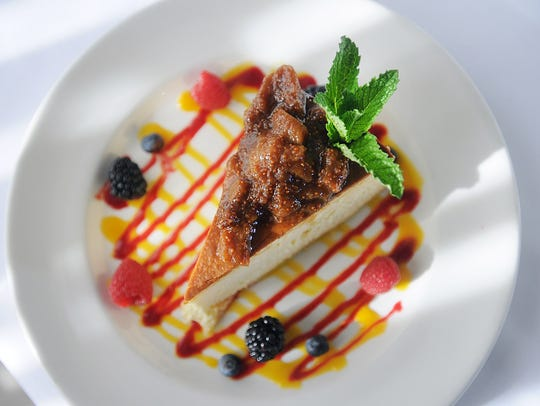 Photo of Uncle Nick's cheesecake, photographed at Varka