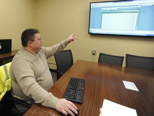 Heath Hoftiezer, principal traffic engineer for Sioux