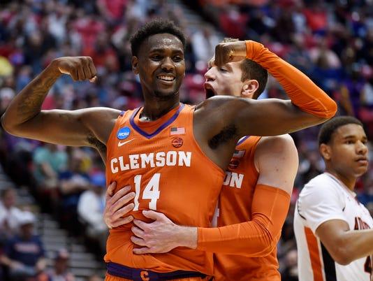 636570036651471964-APTOPIX-NCAA-Clemson-Auburn-Basketball.jpg