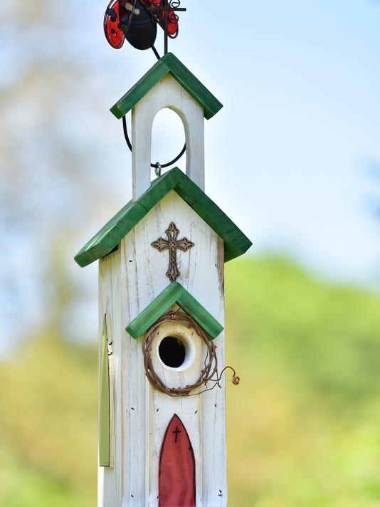 636621835352083867-Birdhouses-06.JPG