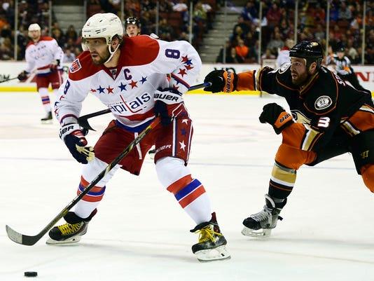USP NHL  WASHINGTON CAPITALS AT ANAHEIM DUCKS S HKN USA CA 9da86e50f