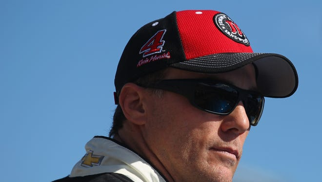 Kevin Harvick, driver of the #4 Jimmy John's Chevrolet, rides around during the parade lap prior to the NASCAR Sprint Cup Series Can-Am 500 at Phoenix International Raceway on November 13, 2016 in Avondale, Arizona.