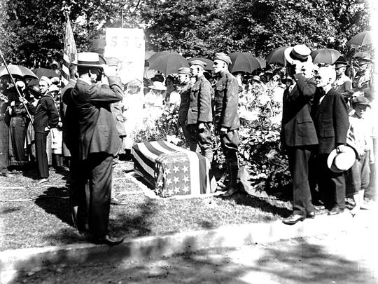 Capt. Edward Fleur is laid to rest at Woodland Cemetery in Des Moines after being killed in action by a German gas attack on May 27, 1918.
