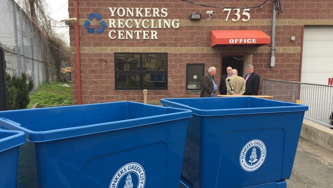 Yonkers will give away 1,500 recycling bins for the first time in about 20 years.