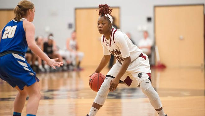 DeLise Williams scored 17 points to lead the Florida Tech women's basketball teampast Barry University 60-45.