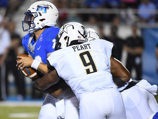 Vanderbilt linebacker Caleb Peart finished last season