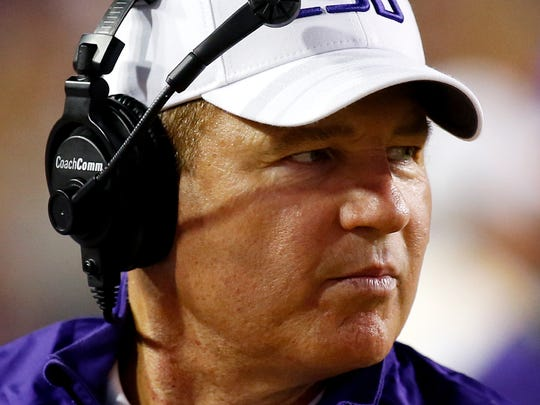 LSU football coach Les Miles says the team's leading receiver, Travin Dural, should play Saturday against ULM despite needing 15 stitches in his head following a car wreck early Sunday morning.