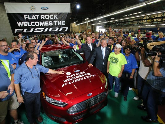Ford Fusion-rolloff-at-Flat-Rock-plant in-2014