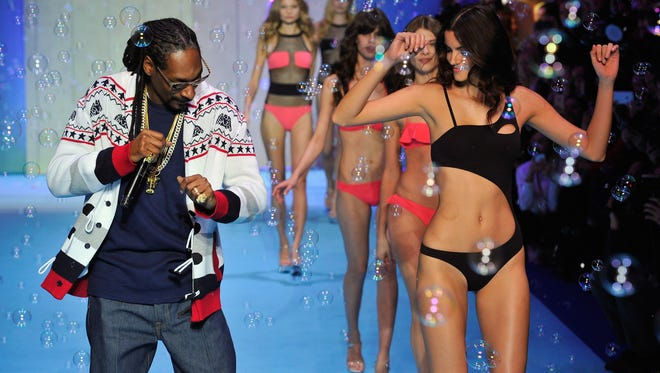"""""""Bush,"""" Snoop Dogg's latest album, is supposedly his last."""
